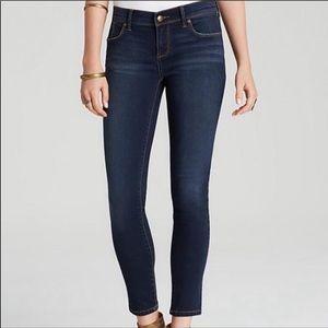 Free People Dark Wash Skinny Jeans Size 25